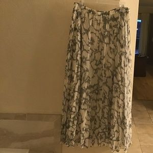 Banana Republic Skirts - Banana Republic Floral Pleated Maxi Skirt